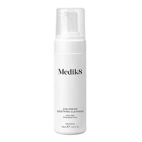 MEDIK8 CALMWISE SOOTHING CLEANSER 150ML - Vider Salud Dermatológica